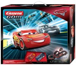 Disney/Pixar Cars 3 - Finish First! - Lightning McQueen vs Jackson Storm - 4,9 m - CARRERA - CRR20062418